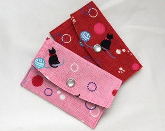 Cat & Yarn Business Card Case/ Gift Card Holder/ Mini Coin Purse - Pink or Red