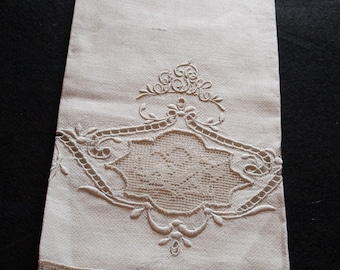 Lace, Scrolling Embroidery, Cutwork Hucking Antique Guest Hand Towel