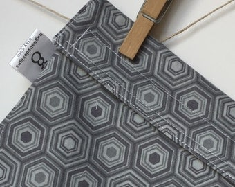 Reusable eco friendly washable Sandwich - grey hexagons