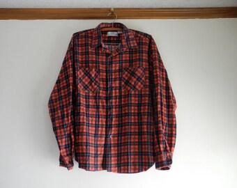 Classic cotton COZY red plaid flannel UNISEX sz. Large
