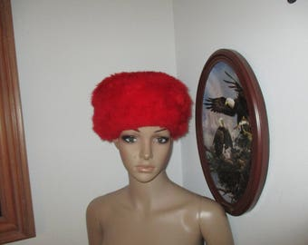 Vintage Women's Fire Engine Red Furry Hat  Clean