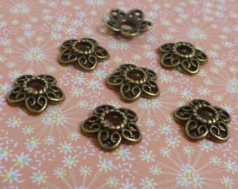 free uk postage - 50 pcs Antique Bronze Bead Cap 12 mm