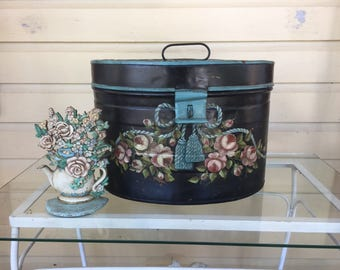 Lovely painted tin hat box