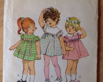 Adorable Simplicity 9839 Toddlers Dress -Size 2