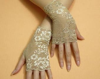 Short Romantic Boho Fingerless Gloves Golden Beige, Wedding Mittens, Baroque, Victorian Lace Armwarmers Regency Style Bridal Hand Covers