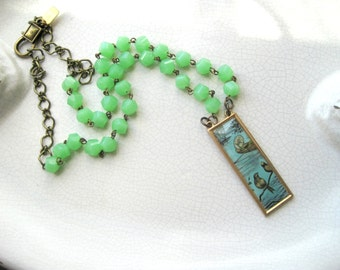 jade green vintage style necklace - pendant with birds, spring, summer, simple, elegant, women