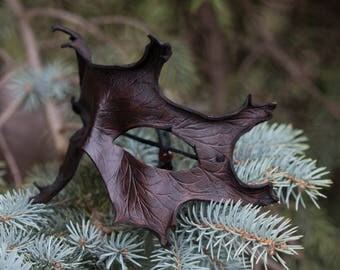 Dark Brown Oak Leaf Leather Masquerade Mask