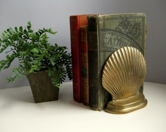 Vintage brass shell bookends Beach house shell decor Nautical decor