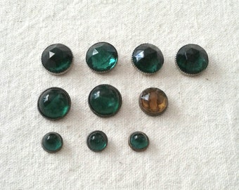 Vintage Acrylic Rhinestone Button Assortment in Emerald (Green) and Topaz (Gold) - Set of 10