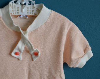 Vintage 1960s Girl's Salmon Top - Size 3T 4T