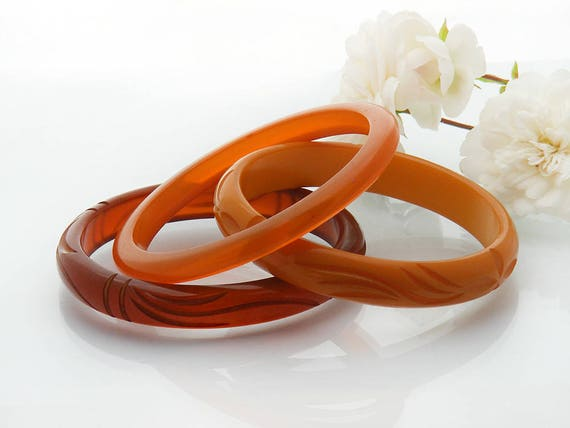 Antique Bakelite Bangle Set | Three Bakelite Bangles in Shades of Orange & Amber | Translucent, Opaque Bakelite Bracelets | Vintage Bakelite