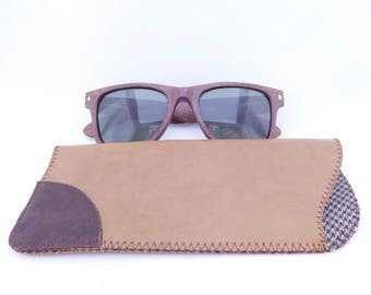 Leather Sunglass Case / Caramel and Dark Brown Leather and Soft Wool Lining / Eyeglass Leather Case