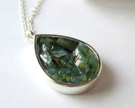 Blue-Green Tourmaline Necklace, Stained Glass Resin Jewelry, Raw Crystal Teardrop Pendant, Carved Glass, Jade Green