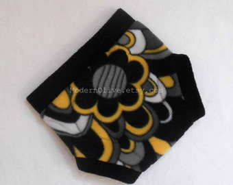 Extra Large Anti-Pill Fleece Soaker / Fleece Cloth Cover, Retro Flower, Black Grey Gray Yellow White Vegan Baby Toddler New Years XL