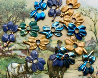 Vintage Pansy Stampings, Brass Pansies, Blue Pansy, Assemblage Jewelry, Flower Findings, Vintage Findings, Art Deco Nouveau Colorful