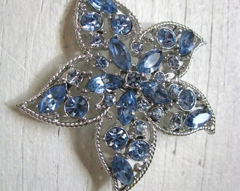 Dazzling 1967  Silver & Blue Star Fire Sarah Coventry rhinestone brooch pin