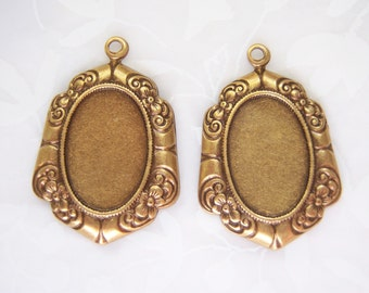 Antiqued brass Victorian styled setting for 14x10mm cabochon, lot of (2) - BZ133