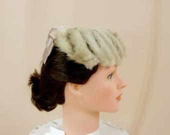 50s Fur Hat * 1950s Hat * Fur Fascinator * Beige Satin Bow Hat * Formal Hat * Pillbox Hat * Wedding Hat * Church Hat