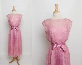 vintage 70s / 80s lace dress | mauve pink