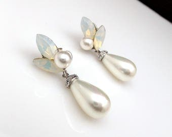 wedding jewelry bridal earrings bridesmaid gift christmas prom teardrop  light cream pearl post swarovski white opal marquise rhinestone