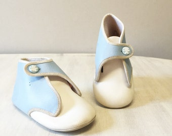 Vintage baby shoes, blue baby shoes, white baby shoes, baby boy shoes, nursery decor, vintage shoes, baby shower gift, retro baby, baby shoe