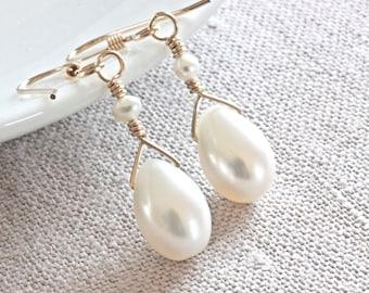 White Freshwater Pearl Earrings, Gold Dangle Earrings, Gold Drop Earrings, Gold Filled Jewelry, White Pearl Earrings, Pearl Wedding Jewelry