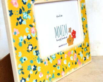 Hippie Girl Picture Frame, 4 x 6 Photo Frame, Picture Frames, handmade, Decorative, Unique, Yellow Flowers, Floral, Girls