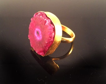 Druzy ring,red and Gold,Raw Agate Ring,Bezel Set,Gold ring,stacking ring,Adjustable,Raw gemstone,Geode Jewelry