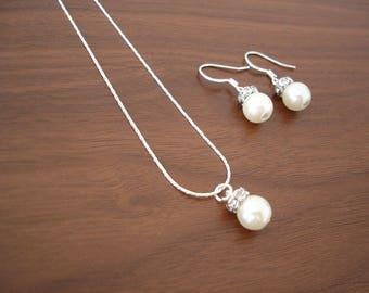 Set of 3 Popular Elegant Pearl Bridesmaid Necklace and Earring Sets, One Pearl Bridesmaid Necklace
