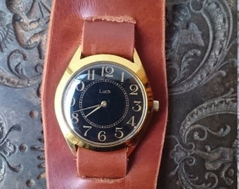 Leather watch mechanical, leather wristwatch Luch vintage wristwatch black color, bracelet watch,  wrist band strap, brown