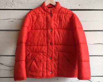 Vintage 1970s ladies vibrant orange quilted puffer jacket • 70s puffer jacket