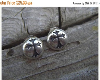 ON SALE Gothic cross earrings in sterling silver