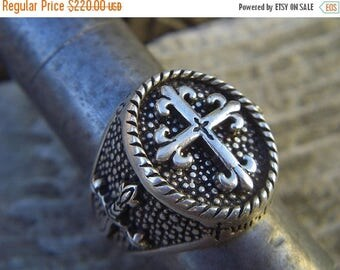 ON SALE Medieval Twisted blade ring in sterling silver
