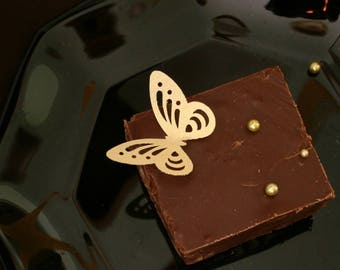 wafer paper edible butterflies, 100 Elegant Large Lacey Butterflies in Gold, Silver or Pearl colors