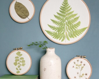 Botanical printed hoop, fern wall hanging, foliage print, pressed flower art