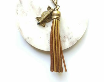 Gold leather tassel keychain//Leather tassel keychain// leather tassel for handbag//Key Fob