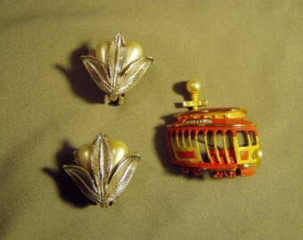 Vintage Tortolani San Francisco Trolley Car Pin & Faux Pearl Leaf Clip Earrings 9132
