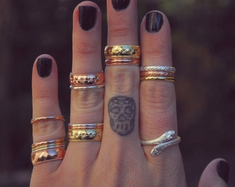 THE THIN STACKER  /// Gold, Silver or Rose Gold Stacking Ring