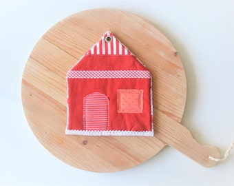 sale - red house potholder - housewarming gift - new home gift - red and white cottage kitchen decor - red and white - trivet - foodie gift