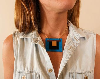 SALE: Modern Turquoise and Gold Geometric  x Polyurethane and Leather Southwestern Necklace
