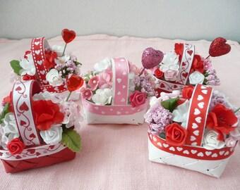 Small Valentine's Day Floral Arrangement, Valentines Flowers, Valentine's Party Favor - Valentine' s Day Decoration