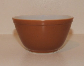 Pyrex Vintage Town And Country Nesting Bowl ... Brown ... #401 ... 1 1/2 PT ... Pyrex Brown Bowl ... Small Brown Pyrex Bowl ... 1963-1967