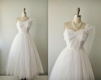 STOREWIDE SALE 50s Wedding Dress // Vintage 50s Strapless White Tulle Wedding Dress Gown XS