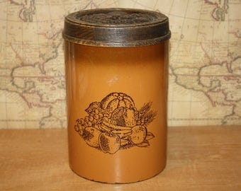 Vintage Cheinco Metal Container - item #2395