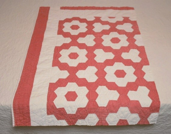 Red and cream grandmother 39 s flower garden variation vintage quilt piece hand pieced and for Grandmother flower garden quilt pattern variations