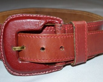 Vintage 1980s Wide Dark Red Leather Contoured Belt Sz S