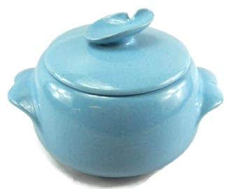 Frankoma 2 Quart Casserole 4V Lazy Bones Blue Serving Dish Bean Pot Vegetable Dish Covered Dish Robin's Egg Blue
