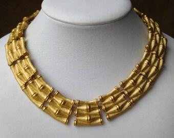 Vintage Anne Klein Designer Tropical Gold Bamboo Link Toggle Clasp Choker Necklace