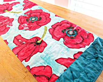 Quilted Table Runner, Poppy Table Runner, Poppies, Blue and Red Runner, Modern Table Runner, Poppy Decor, Fabric Table Runner, Table Topper