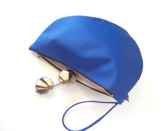 Vegan clutch bag, cobalt blue clutch purse, royal blue evening clutch, vegan bag, half moon bag, two tone wristlet purse, clutch wristlet